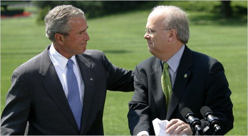 Karl Rove and President Bush in a moment of emotion in August 2007 after Mr. Rove announced that he was leaving the post of White House political adviser to Mr. Bush.